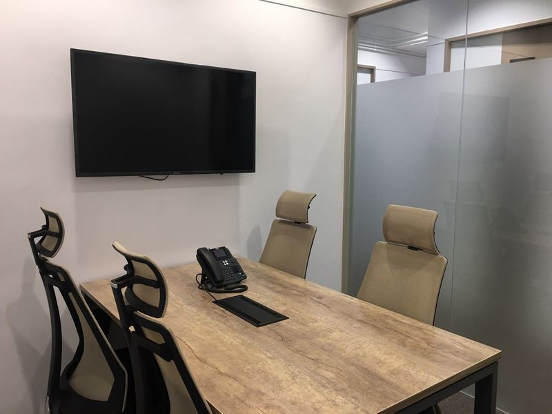 Erba cre   meeting room