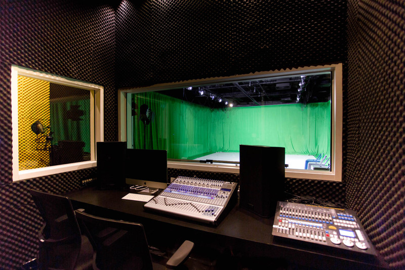 Mixing   recording studio 3
