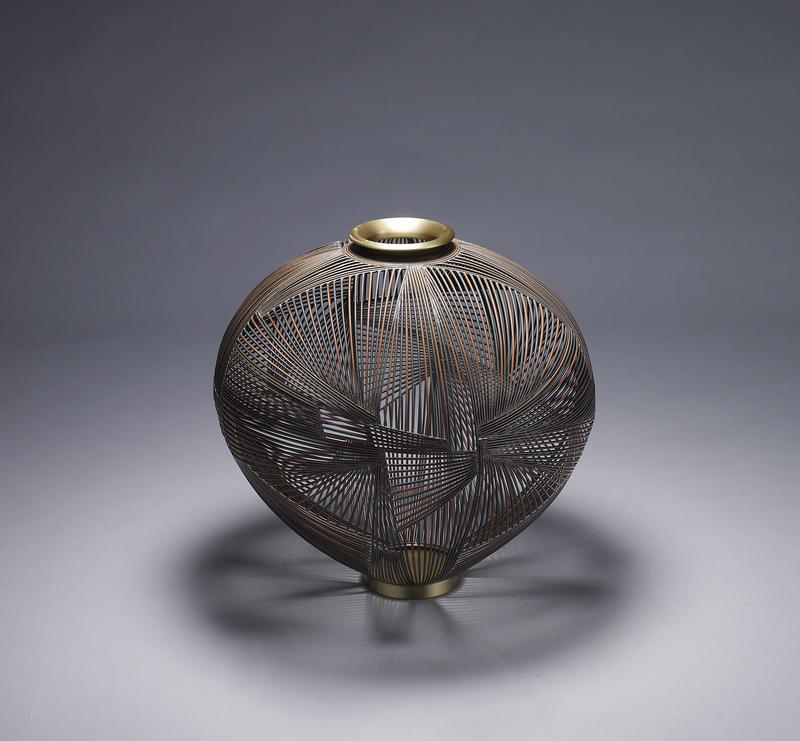 Open vase0217